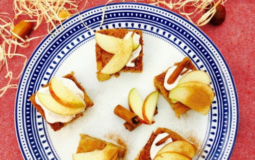 Niki's Spiced Apple Cake