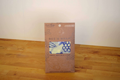 Beeswrap is made from beeswax, organic cloth, tree resin and jojoba oil