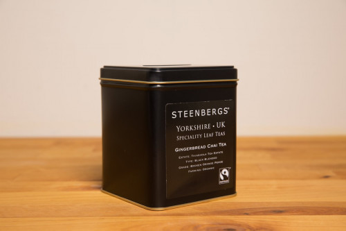 Steenbergs Organic Fairtrade Gingerbread Chai Tea Tin 125g, loose leaf, from the Steenbergs UK online shop for organic fairtrade loose leaf teas and chais.