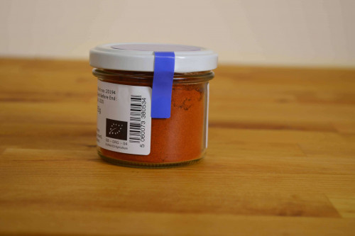 Steenbergs Organic Cayenne Pepper offers a great chilli heat . Packed in Recyclable and reusable glass jar.