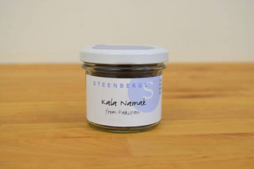 Steenbergs Kala Namak, Black Indian Salt, in glass jar.  Great when making vegan egg substitute meals. From the Steenbergs UK online shop for vegan food and ingredients.