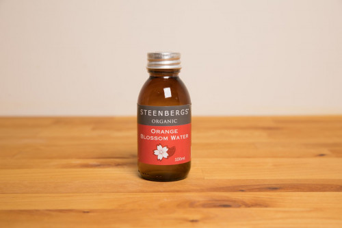 Steenbergs Organic Orange Blossom Water from the Steenbergs UK online shop for organic arabic flavours, flower waters and baking ingredients.