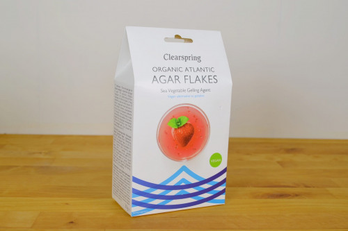 Clearspring Organic Atlantic Agar Flakes, vegan alternative to gelatine, from the Steenbergs UK online shop for organic and vegan food and ingredients.