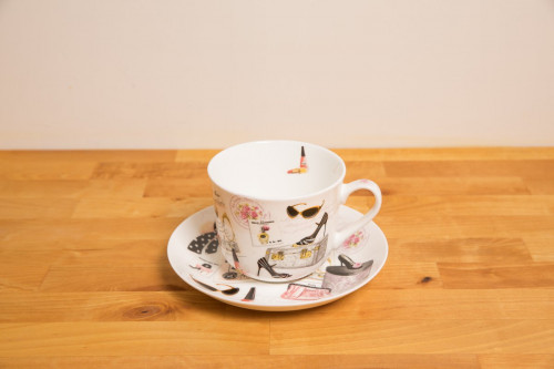 Fashion Bone China cup and saucer with gift box from the Steenbergs UK online tea shop.