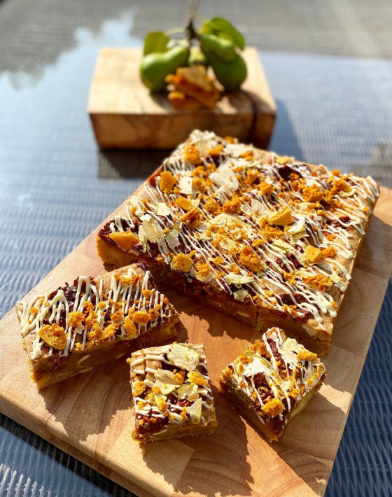 Salted Honeycomb, Pear & Ginger Blondies