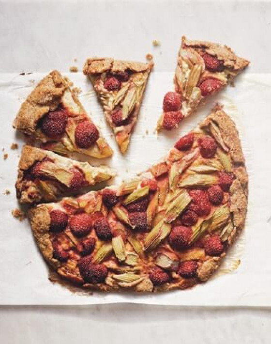 Rhubarb and strawberry galette with rose crème pâtissière