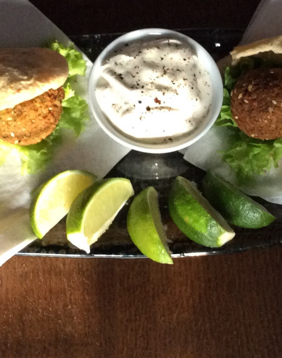 Falafel with harissa and honey pitta
